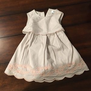 Old navy dress - worn once 3T